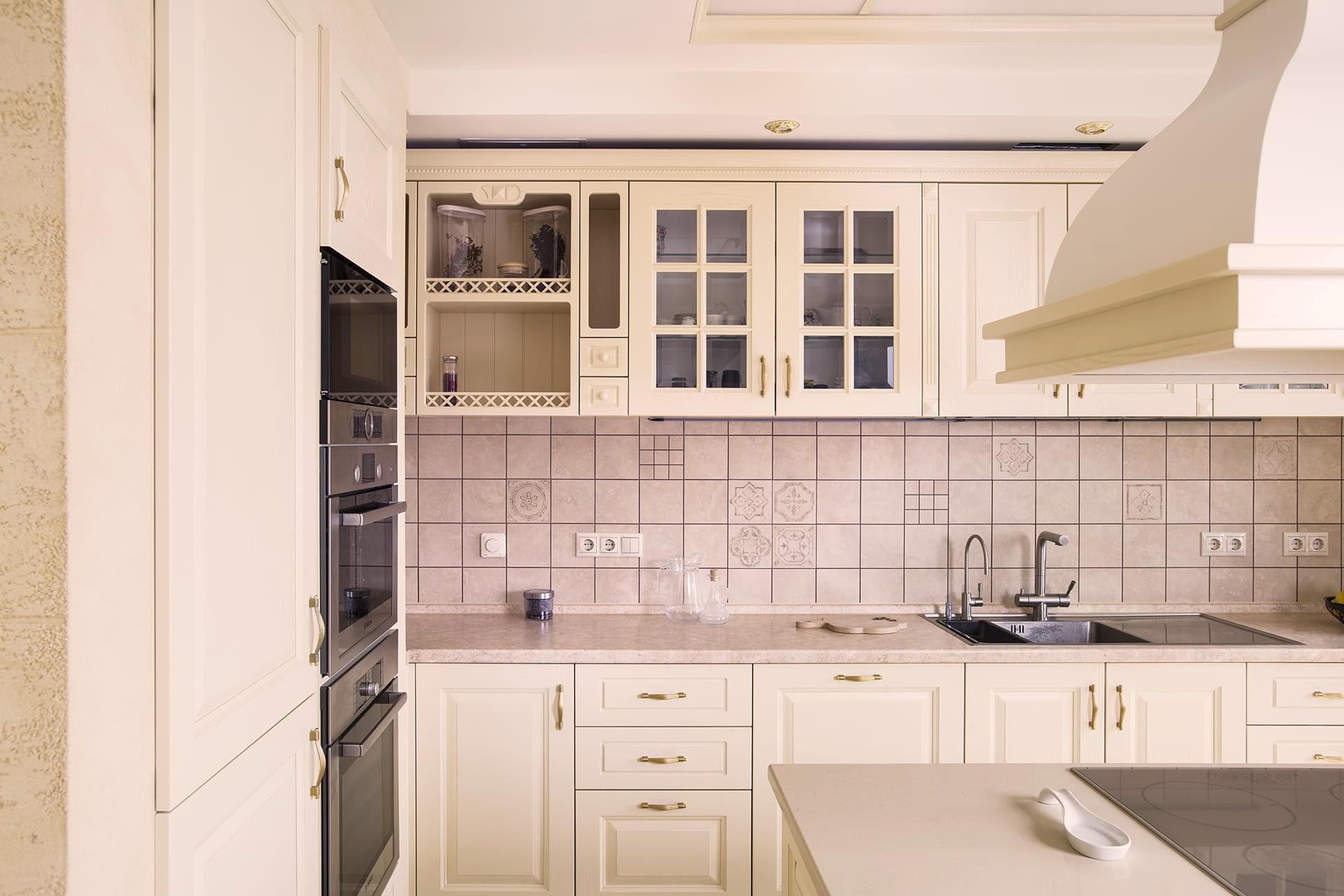 offene einbauküche mit essplatz hochwertige küche kaufen